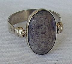 Naturale purple agate stone ring - $19.00