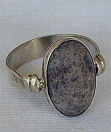 Naturale purple agate stone ring