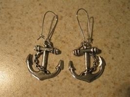 702 anchor thumb200