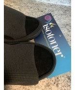 ISOTONER MEMORY FOAM SLIDE black waffle SLIPPERS XL 9.5-10--$24 RETAIL  - $21.73