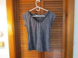 Womens Gray Patterned Short Sleeved Knit Shirt by Fresh Produce XS TF475/CJC - $18.89