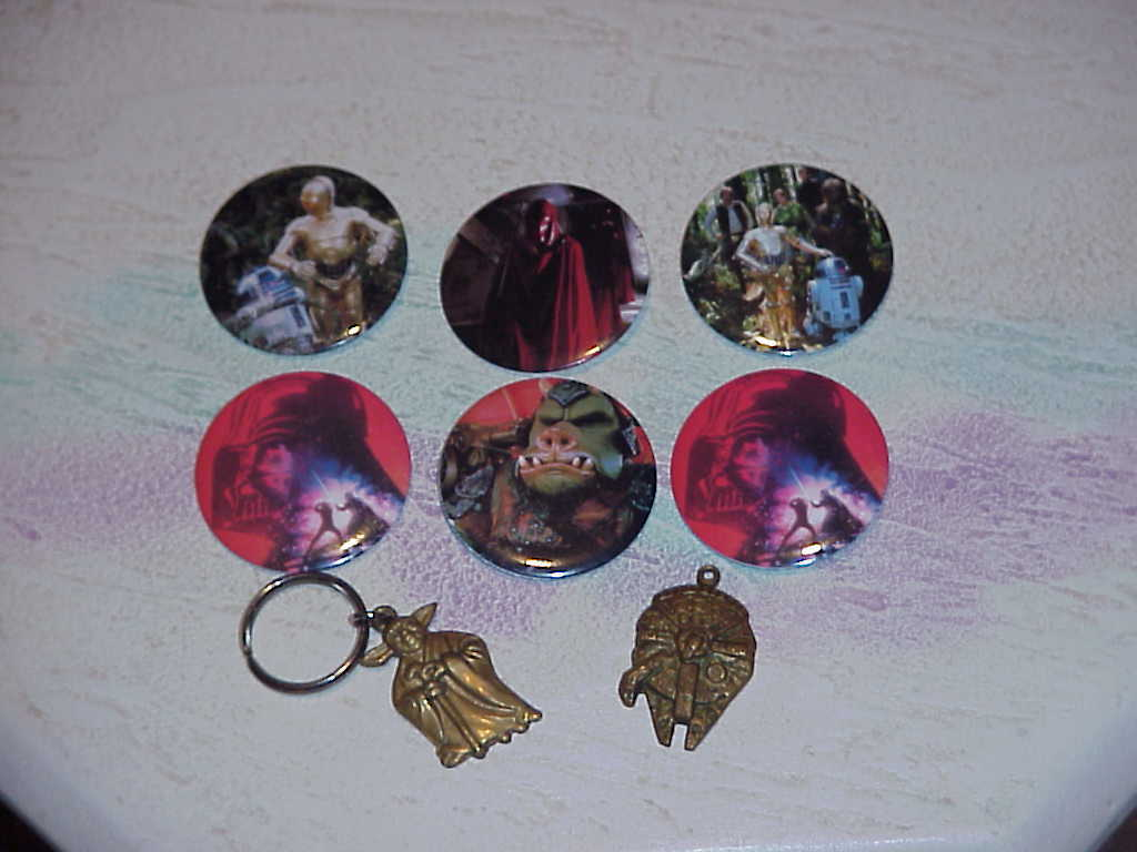 Star Wars Buttons & Key Chains  (Lot of 7)