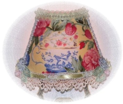 Yellows Teacup Summer Chic NIGHT LIGHT Florals & Strawberrys - $17.99