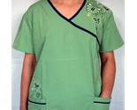 embroidered   scrub set  thumb155 crop