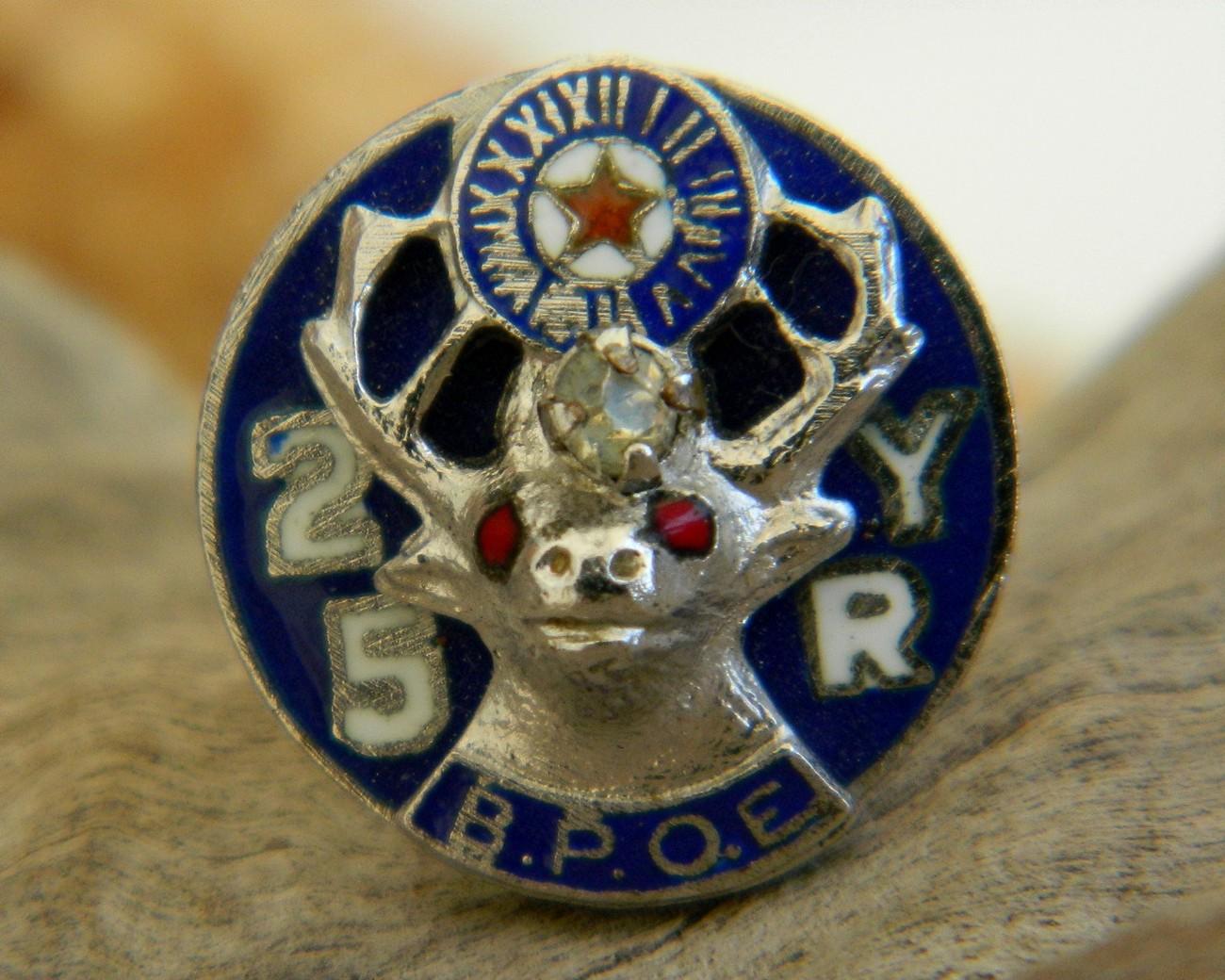 Vintage elk bpoe 25 year enamel lapel pin membership fraternal