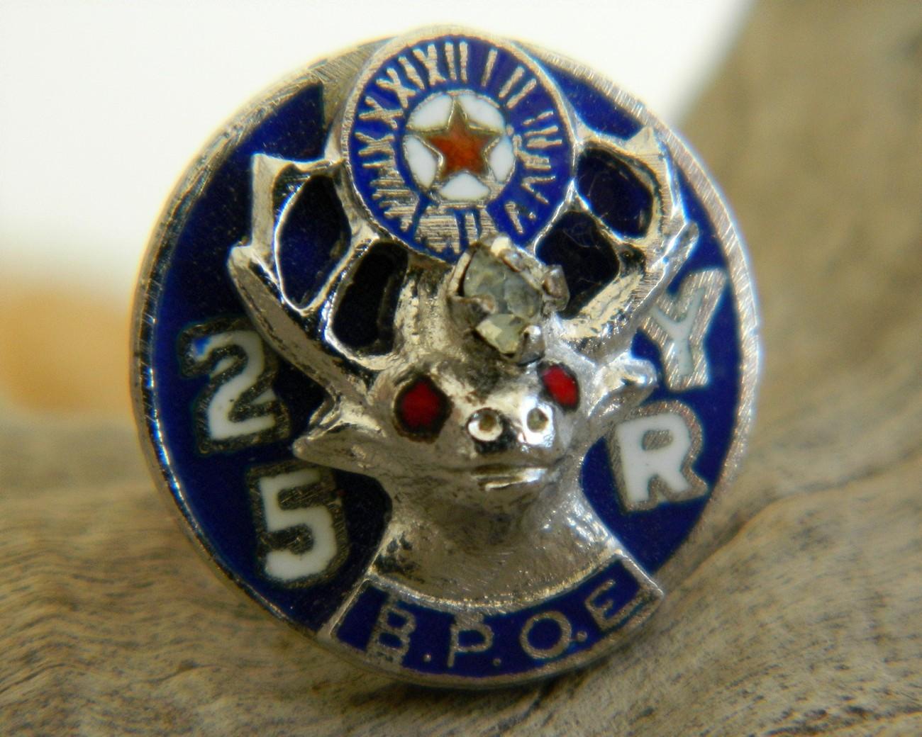 Vintage Elk BPOE 25 Yr Enamel Lapel Pin Membership Fraternal
