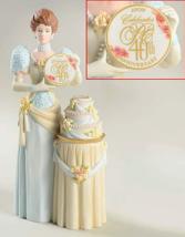 Avon President's Club 2007 Award Mrs Albee Full Size Figurine BNIB - $36.44