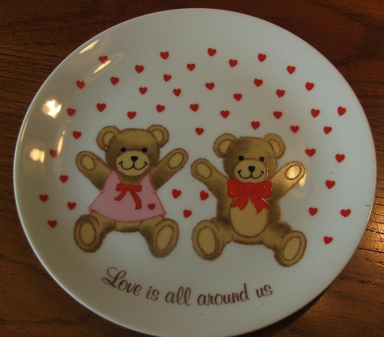 Papel Love is all Around Us Valentines China Plate