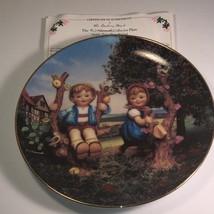 MJ HUMMEL COLLECTOR PLATE APPLE TREE BOY GIRL DANBURY MINT 1989 LITTLE C... - $19.75
