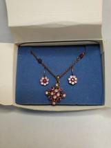 2005 Avon Purple Pink Ice Giftset NIB Goldtone Necklace Hook Earrings Rhinestone - $24.74