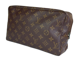 Auth LOUIS VUITTON TROUSSE TOILETTE 28 Monogram Canvas Cosmetic Pouch Bag - $189.00