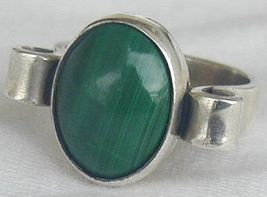 Malachite ring 1 thumb200