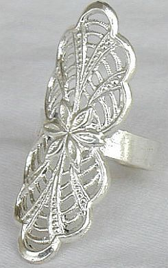 Silver magic ring