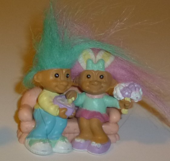 "TROLLS Mini Troll doll boy & girl dating PVC figure 2"", RUSS"