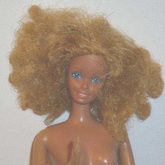 Vintage 80s 1981 Magic Curl BARBIE Doll blonde curly hair nude made in Taiwan