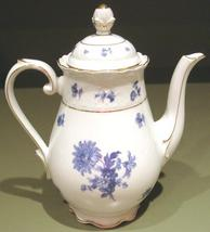 Teapot blue   white  2 thumb200