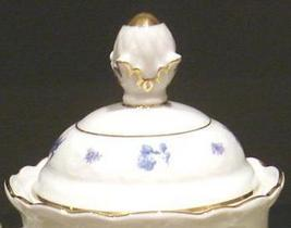 Teapot blue   white lid thumb200