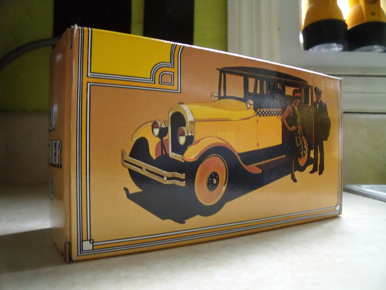 Avon 1926 Checker Cab NIB