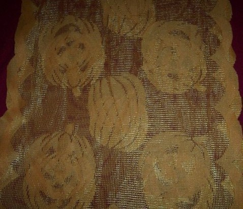 Orange Lace Pumpkin Jack O Lantern Halloween Table Runner Pumpkin Patch NEW