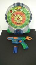 Hasbro Nerf Tech Electronic Target Talking Scoreboard Dartboard Green 2003 & Gun - $23.36