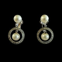 Vintage Trifari Crown Signed Pearl Silver Tone Clip On Earrings Drop Dan... - $34.64