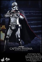 Hot Toys MMS328 Star Wars Captain Phasma 1/6 Figure - $240.40