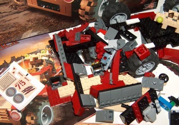 Lego Dino Attack Set 7475