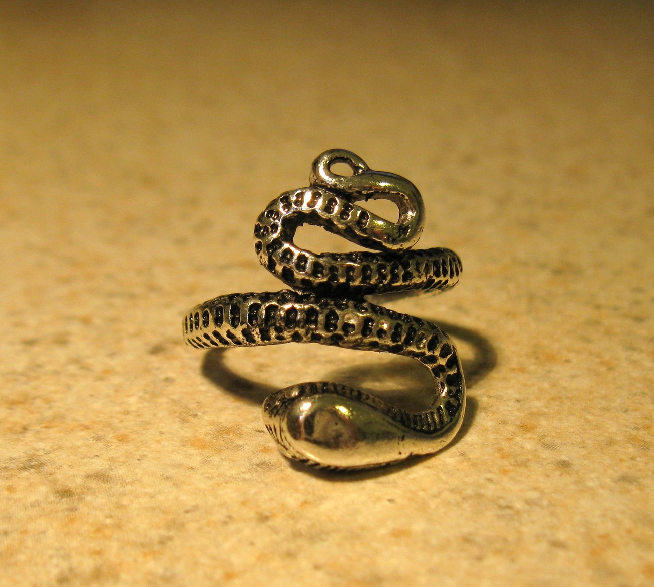 RING MEN WOMEN UNISEX STAINLESS STEEL SILVER SNAKE SIZE 8 #1