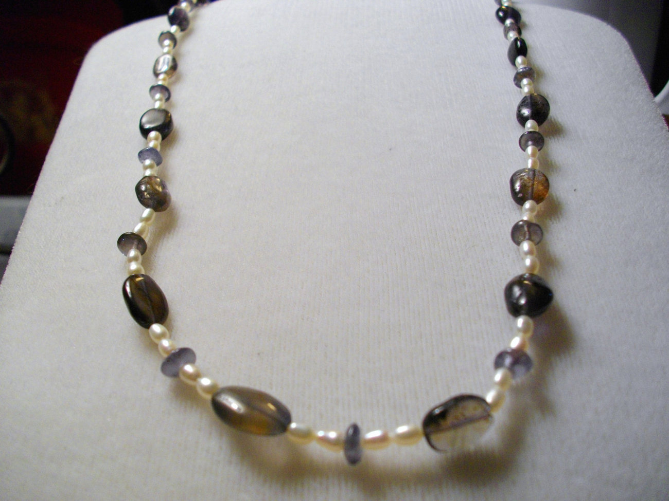 Iolite and Freshwater Pearls Necklace and Bracelet Set
