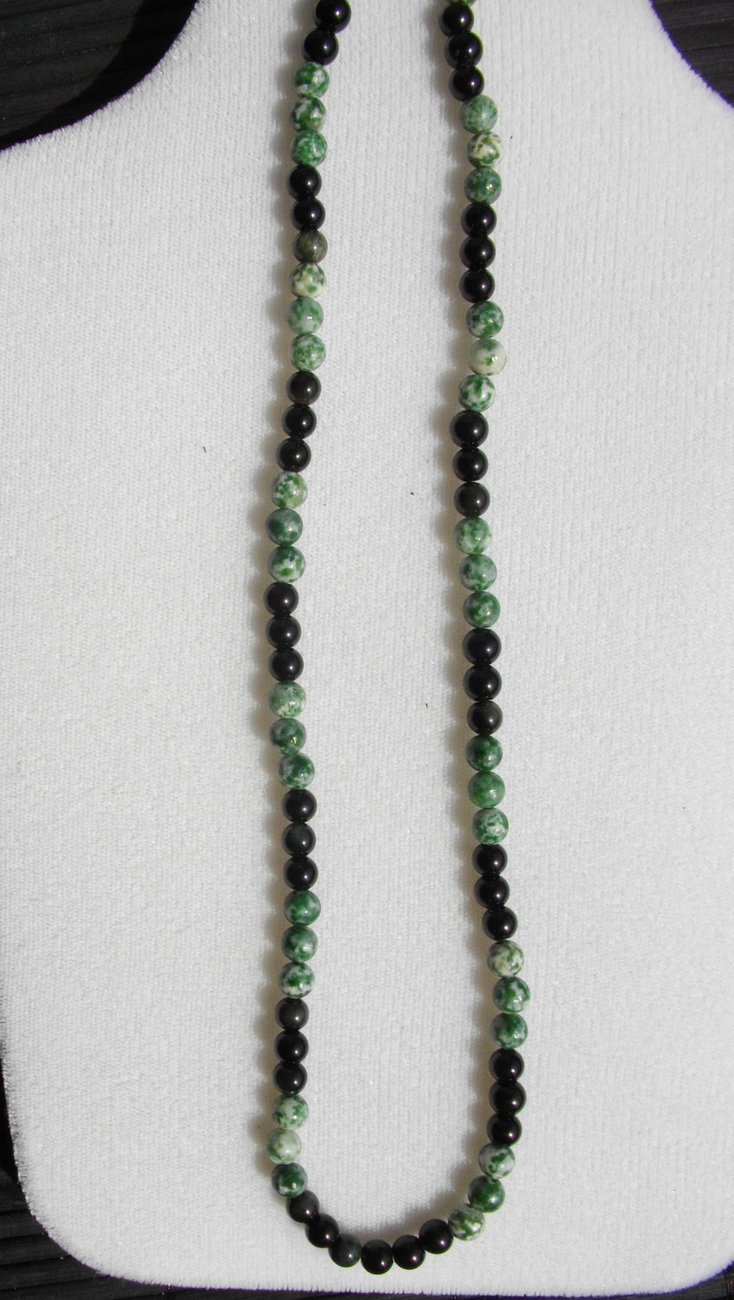 C-1    Natural Tree Agate and Black Jade Bead Necklace