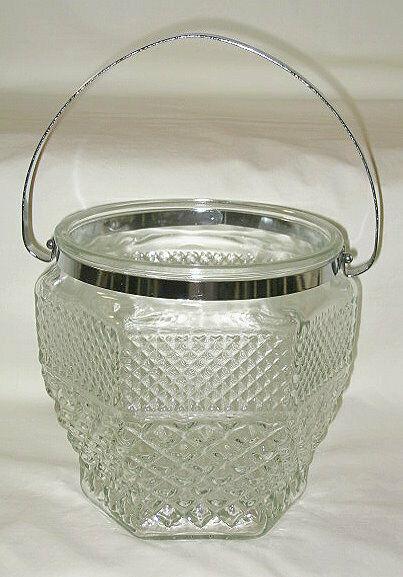 Anchor Hocking Wexford Pattern Ice Bucket w/Handle - $16.78