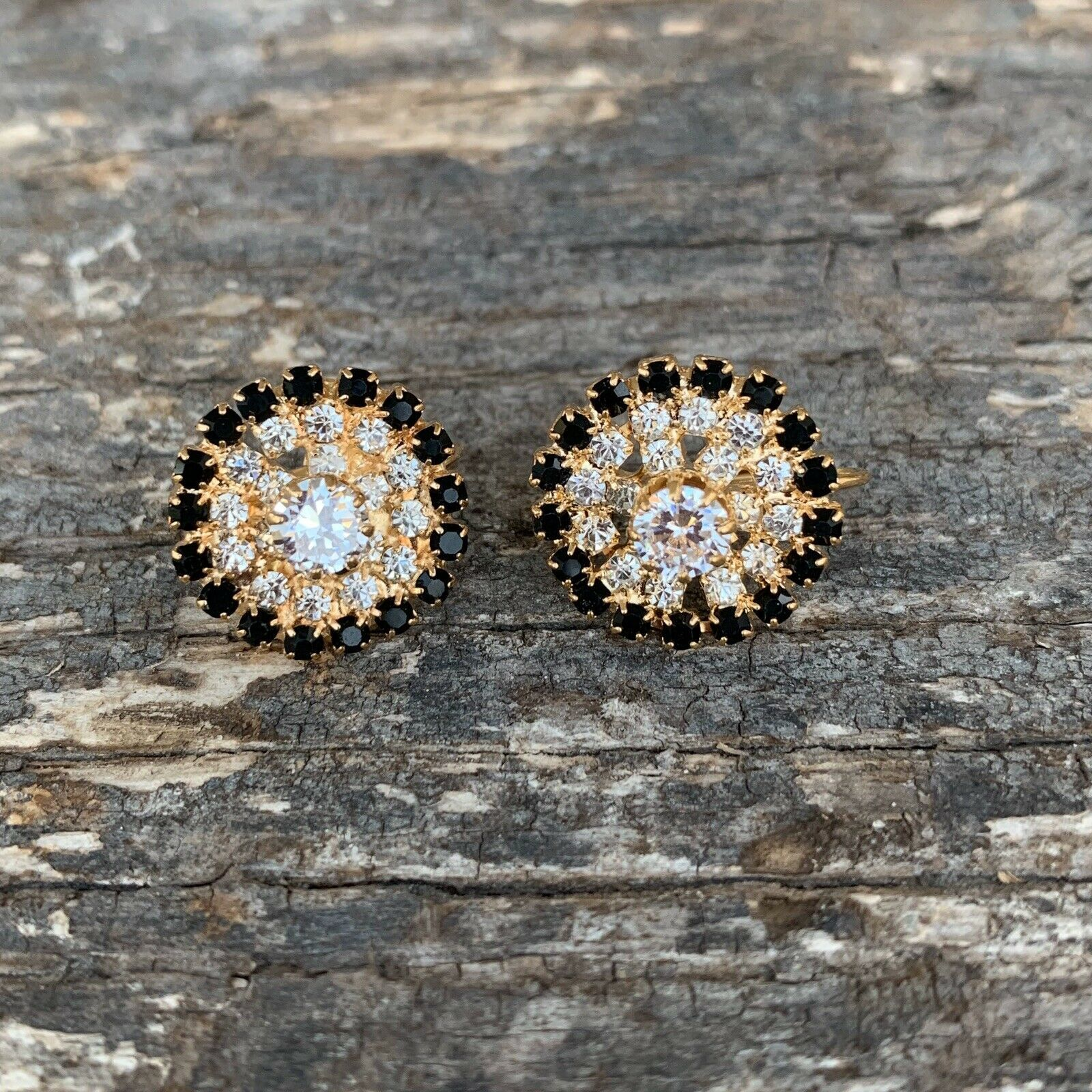 Primary image for SO PRETTY! VINTAGE Rhinestone Stud Earrings-- Gold tone-- Pierced--094
