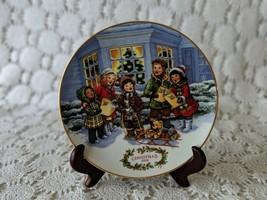 Avon Perfect Harmony Collectors Plate Porcelain 1991 22K Gold Trim - $14.54