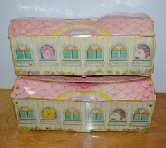 VINTAGE MY LITTLE PONY CARRY CASE LOT STABLES MLP G1 1983 HASBRO FOR FIG... - $15.86