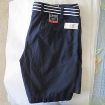 NWT NEW  IZOD Navy Bermuda Shorts w Striped BELT Flat Front  40  $55 retail - $21.78