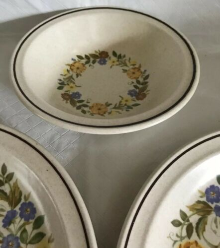 Nikko China Buttercup Pattern 2 Dinner Plates / 1 Soup Bowl Stoneware Unused image 4