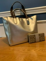 Coach Large Derby Tote with Matching Wallet - Platinum NWT - $280.50