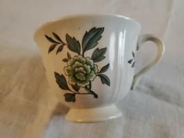 Wedgwood Barlaston Green Leaf Queens Shape Tea Cup MCM 1950s - $14.75