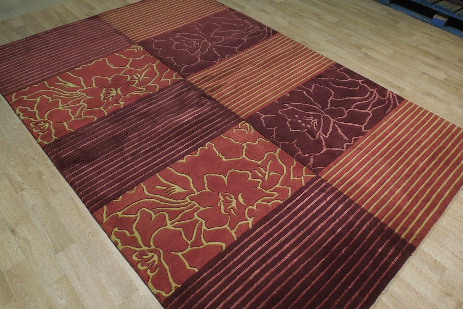 Abstract Shades of Red Gold stripes Handmade 6 x 8 Red Modern Wool & Silk Rug image 2
