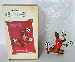2004 Hallmark Keepsake Scooby-Doo 'Heads-Up Play'  Soccer Player Ball U16 - $14.99