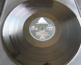 Heart Magazine Version 1 Mushroom Arista 1C06460008 German Press Vinyl Record LP image 7