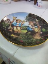"""M J Hummel Collector Plate - Little Companions """"Apple Tree Boy and Girl"""" - $5.47"""