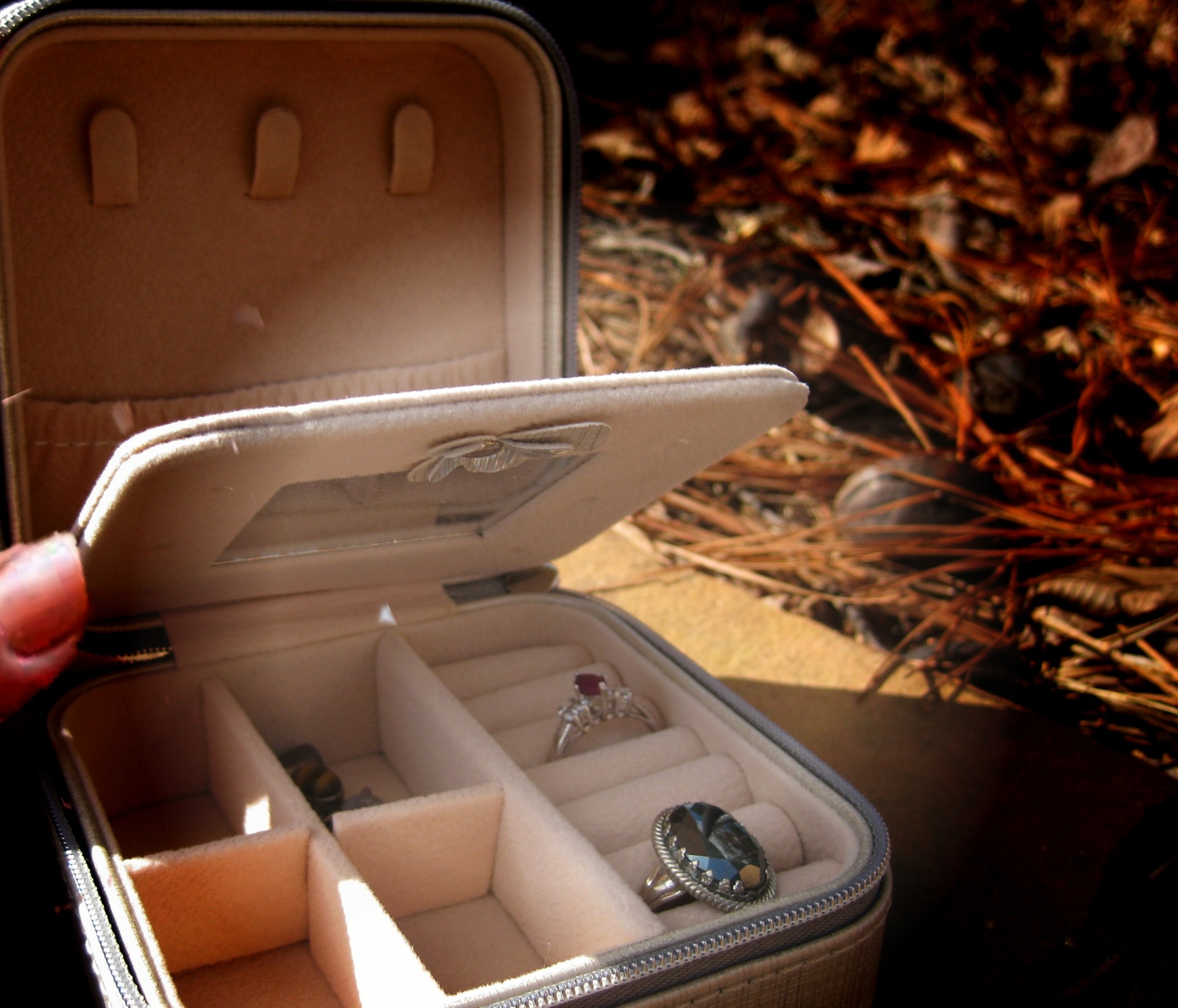 Primary image for Haunted small take anywhere recharging amplification box for spirit jewelry
