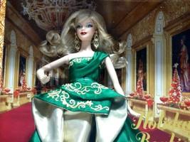 2011 Mattel Holiday Barbie Doll #T7914 New NRFB - $29.70