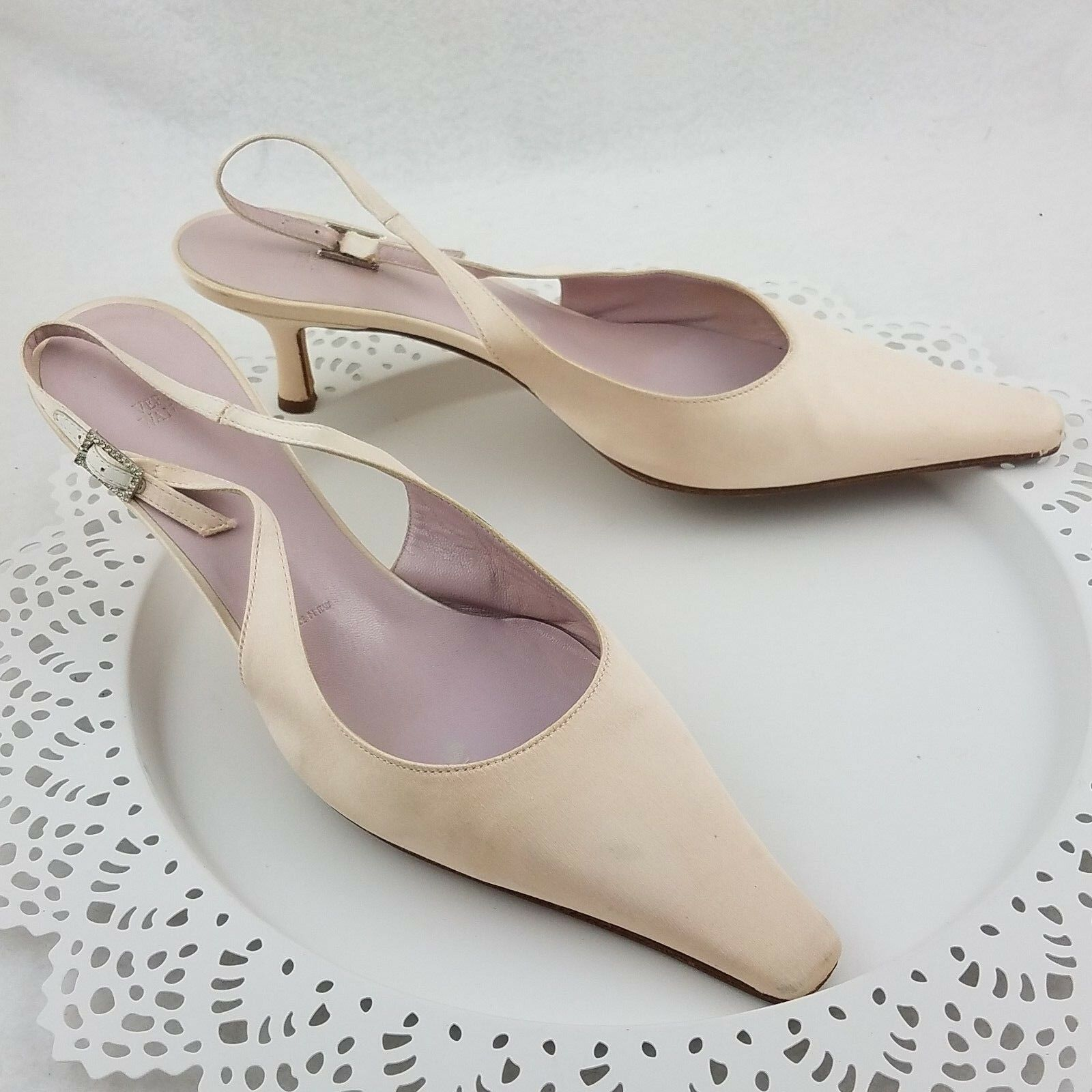 Primary image for VERA WANG Wedding Bridal Pink Satin Sling-Back Kitten-Heel Shoes 7.5 M Crystal