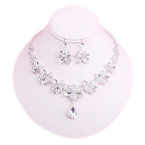 Clip-on Earrings & Beautiful Pendant Necklace Bridal Dowry Set Wedding Jewelry
