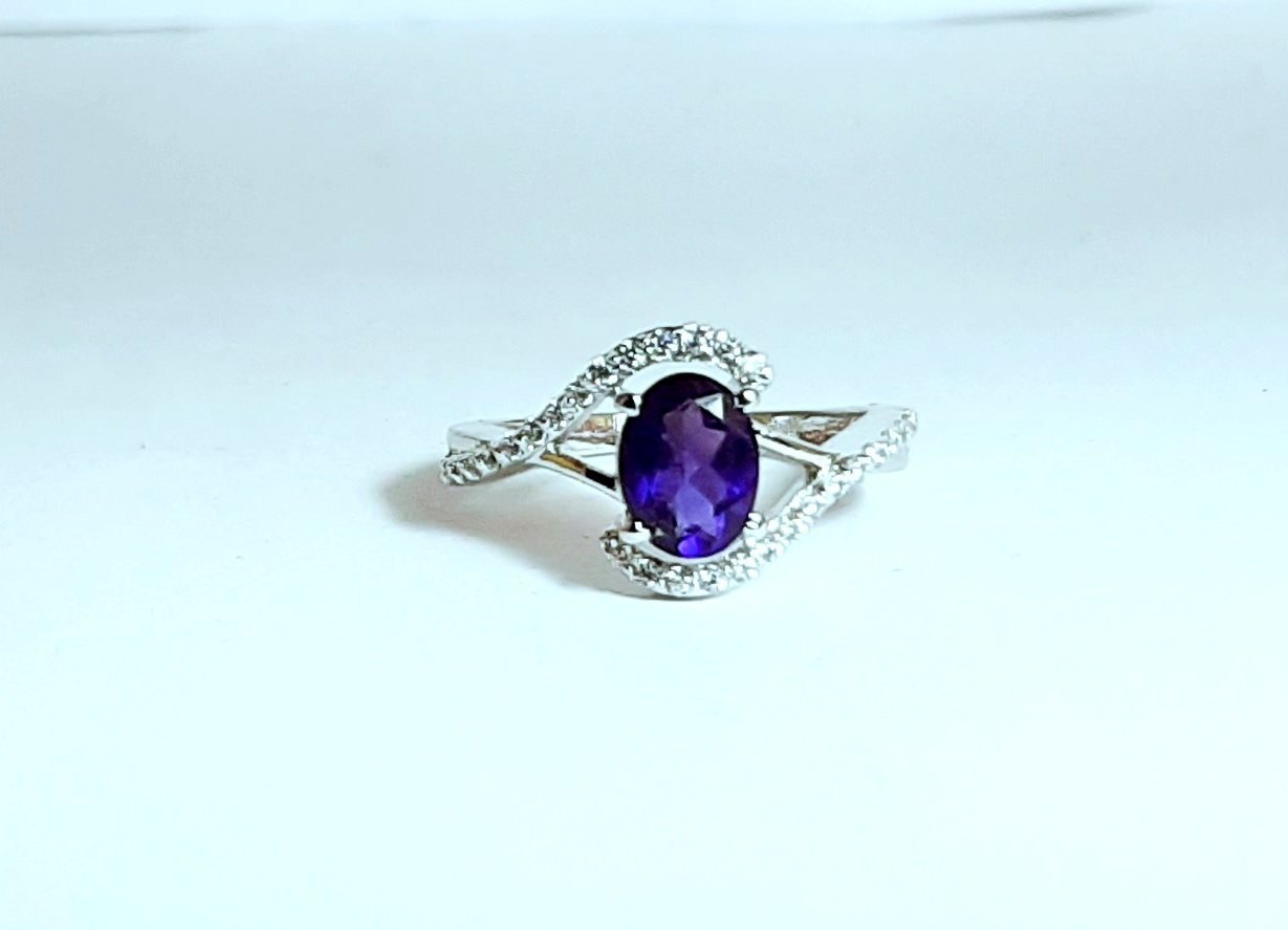 925 Sterling Silver Natural Amethyst And Cz Gemstone Artistic Design Handmade Wo
