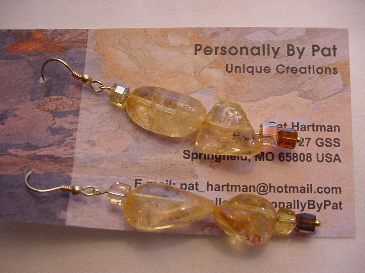 Unique Creations/Ozarks Shimmering Golden Amber Rocks Drop Earrings