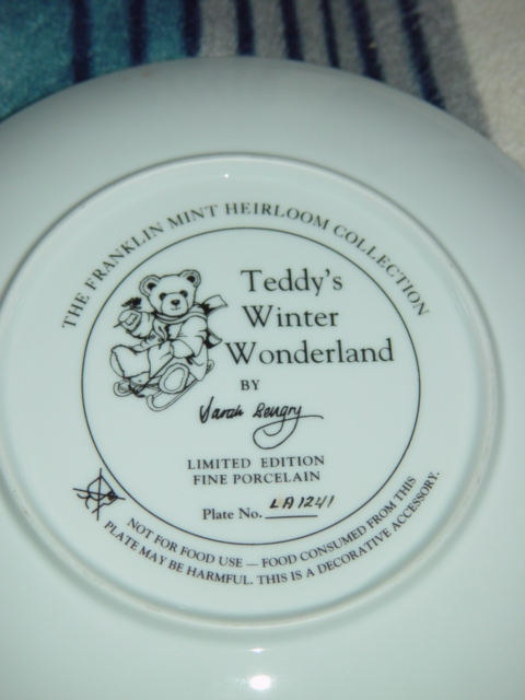 Frankin Mint Collection Teddy Winter Wonderland Plate