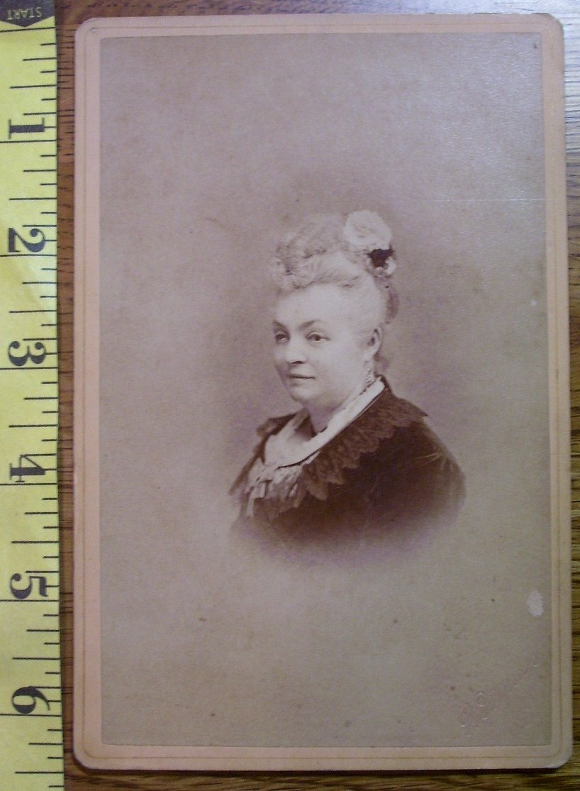 Cabinet Card Older Wealthy Lady Rose Vignette! c.1866-80